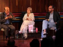"""Auditorio lleno en la presentación de """"La década saKeada"""""""
