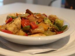 Especial del Bistró| Salteado de pollo y vegetales